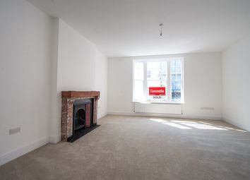 Thumbnail 2 bedroom flat for sale in Week Street, Maidstone