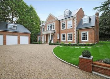Thumbnail 6 bed detached house to rent in London Road, Ascot