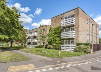 Thumbnail 2 bed flat for sale in Cunliffe Close, Central North Oxford