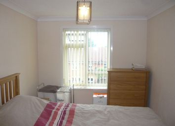 Thumbnail 1 bed property to rent in Southern Avenue, Feltham