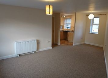 Thumbnail 2 bedroom flat for sale in Kingfisher Court, Calne