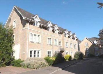 Thumbnail 2 bed flat to rent in Walnut Close, Laindon, Basildon