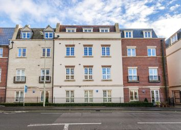 Thumbnail 1 bed flat to rent in Woodford Way, Witney