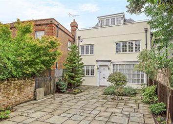 Hadley Green, Barnet, Hertfordshire EN5. 4 bed detached house
