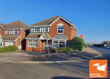 4 bed detached house for sale in Hexham Close, Mansfield NG18