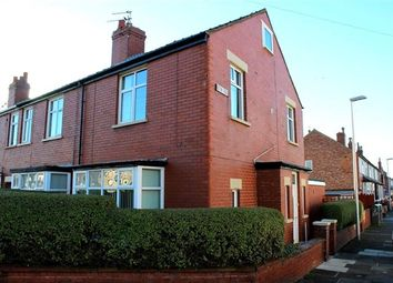 2 bed property to rent in Acton Road, Blackpool FY4