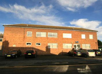 Thumbnail Commercial property to let in Long Row, Oakham