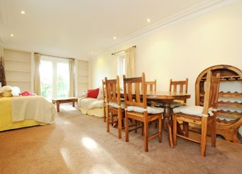 Thumbnail 2 bed flat to rent in Beverley Road, Chiswick, London