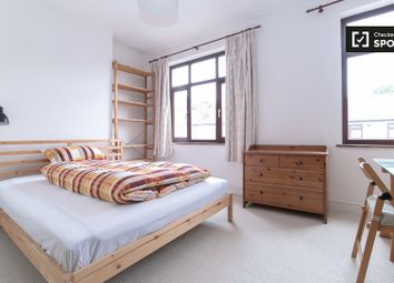 Thumbnail Room to rent in St. Awdrys Road, Barking