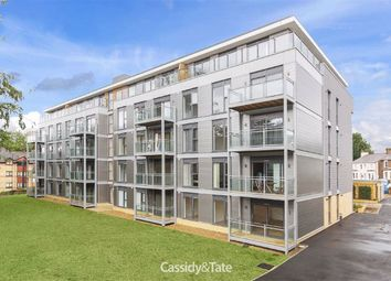 2 bed flat to rent in Somerville Court, St Albans, Hertfordshire AL1