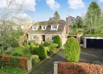 Thumbnail 3 bed detached house for sale in Donnington Square, Newbury