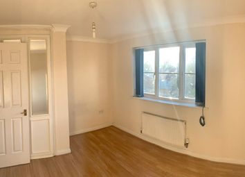 Room to rent in Parklands Close, Ilford IG2