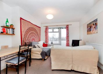 Thumbnail 3 bed flat for sale in Queens Drive, Finsbury Park