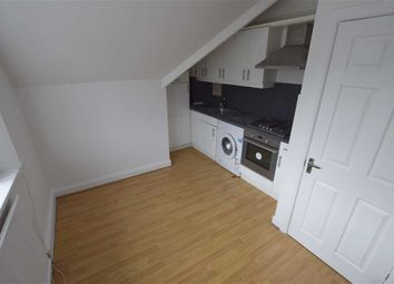Thumbnail 1 bed flat to rent in Greenhill Parade, Barnet, London