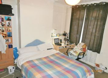 Thumbnail 3 bedroom terraced house to rent in Avenue Road Extension, Leicester