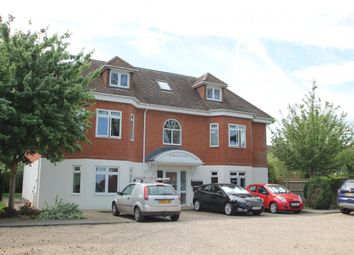Thumbnail 3 bed flat to rent in Binfield, Bracknell