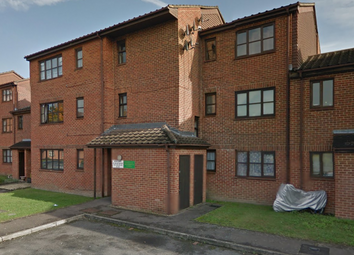 Thumbnail Studio to rent in Newcourt, Uxbridge