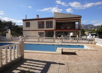 Thumbnail 6 bed villa for sale in Crevillente, Spain
