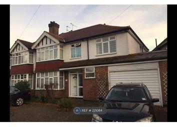 Thumbnail Room to rent in Stratford Way, Watford