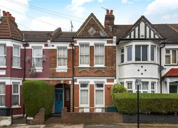 Thumbnail 2 bedroom flat for sale in Lyndhurst Road, Wood Green, London
