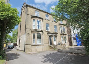 Thumbnail 2 bed flat to rent in York Place, Harrogate