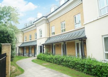 Thumbnail 2 bedroom flat for sale in Heathside Crescent, Woking