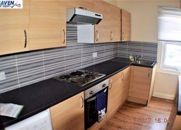 Thumbnail Room to rent in Whitehorse Road, Croydon