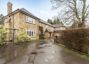 Thumbnail 6 bed detached house to rent in Hill Waye, Gerrards Cross