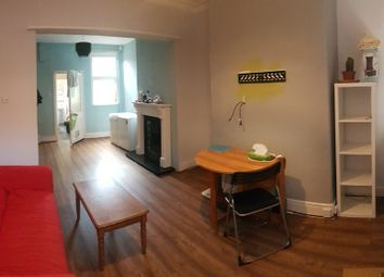 Thumbnail 3 bed flat to rent in Thorn Grove, Fallowfield