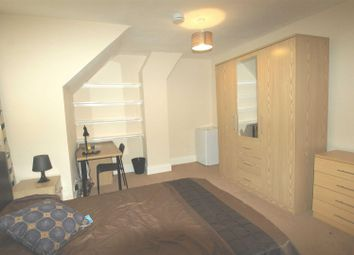 Thumbnail Property to rent in Marlowes, Hemel Hempstead