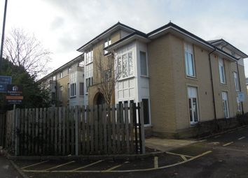 Thumbnail 2 bed flat to rent in Oakfield Gardens, Shirley Southampton