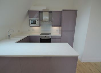 Thumbnail 3 bed flat to rent in South Park Hill Road, South Croydon