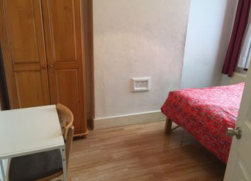 Thumbnail 2 bedroom shared accommodation to rent in Fentons Av, London
