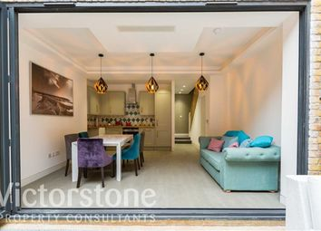 Thumbnail 1 bed maisonette for sale in Caledonian Road, Barnsbury, London