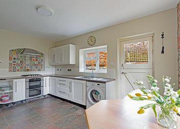 2 bed flat for sale in Rusthall Road, Tunbridge Wells TN4