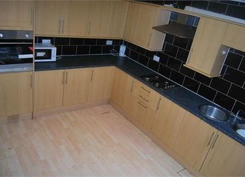 Thumbnail 5 bedroom terraced house to rent in Hartley Crescent, Leeds