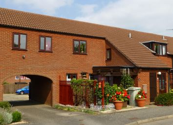 Thumbnail 2 bed flat to rent in Ladywell, Oakham
