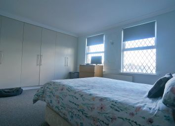 2 bed flat for sale in Old Church Road, London E4