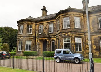 Thumbnail 2 bedroom flat for sale in Sinderhill Court, Northowram, Halifax