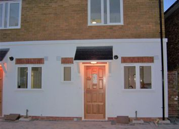Thumbnail 3 bed mews house to rent in West Green Road, London