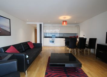 Thumbnail 2 bed flat to rent in Hermitage Street, London