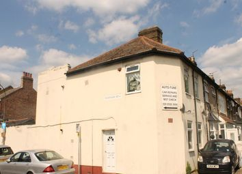 Thumbnail 4 bedroom property to rent in Queens Road, Walthamstow, London