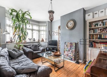 2 bed flat for sale in Tithe Court, Hall Lane, London NW4