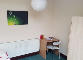 Room to rent in Cottenham Road, London E17