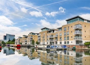 3 bed flat for sale in Tallow Road, Brentford, Middlesex TW8