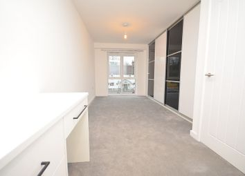 Thumbnail 2 bed flat to rent in Upminster Road, Upminster