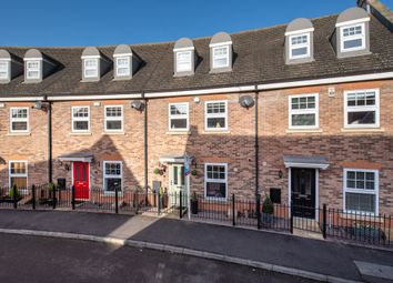 Thumbnail 4 bed town house for sale in Abbots Crescent, Spalding