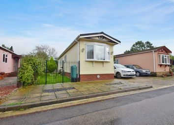 Thumbnail 2 bed mobile/park home for sale in Shangri-La, Kingsmans Farm Road, Hullbridge