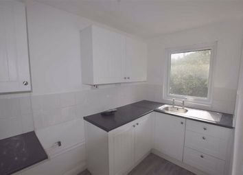 2 bed flat to rent in Winstree, Basildon, Essex SS13