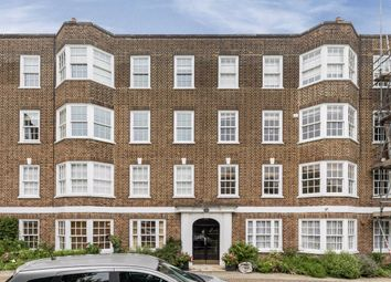 South Grove, London N6. 2 bed flat